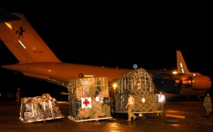 Medical supplies are unloaded from a RAAF C-17 in Indonesia. (DoD)