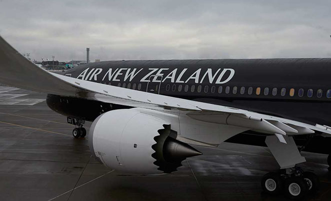 The 787-9 is only the second Air NZ aircraft to wear the stunning all-black livery, after one of its 777-300ERs. (Boeing)