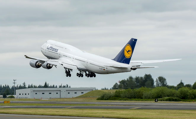 The 1,500th Boeing 747 departs Payne Field on its delivery flight to Frankfurt. (Boeing)