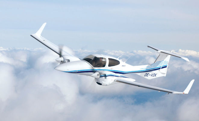 A Diamond DA42-VI (Diamond Aircraft Industries)
