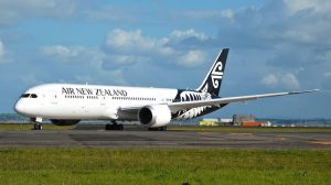B787-9 ZK-NZF NZ AKL 10 Oct 14 Andrew Aley - 03
