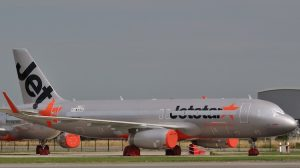 An Airbus A320 in Jetstar livery in storage at Toulouse. (Gyrostat (Wikimedia))