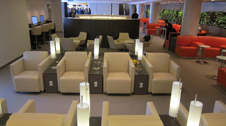 Seating in the Skyteam Sydney lounge. (Jordan Chong)