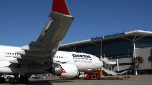 AIRBUS A330 300 QANTAS BNE SEP12 RF IMG_6981