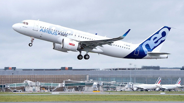 An Airbus A320neo with LEAP-1A engines, F-WNEW, takes off from Toulouse Airport during its flight test program. (Airbus)