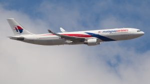 Malaysia Airlines Airbus A330 9M-MTD in Melbourne in 2011 (Mehdi Nazarinia)