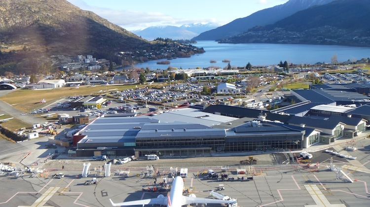 queenstown airport arrivals from sydney - photo#5