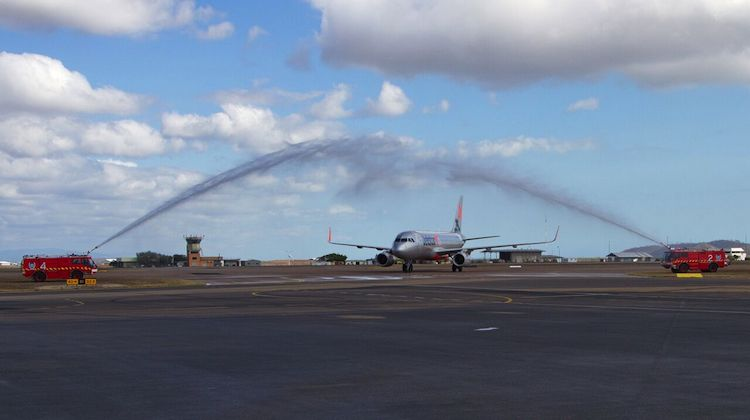 Jetstar JQ101 is welcomed at Townsville Airport after arriving from Bali. (Dave Parer)q