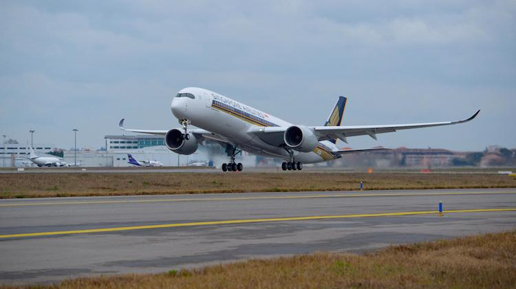 Singapore Airlines' first A350-900 on its maiden test flight. (Airbus)