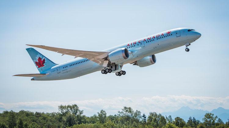 An Air Canada Boeing 787-9 takes off. (Air Canada)
