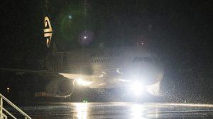 Air New Zealand flight NZ613 arrives at Queenstown Airport. (Michael Thomas/Queenstown Airport)