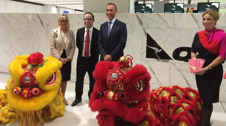 Qantas chief executive Alan joyce, Qantas international boss Gareth Evans and Sydney Airport chief executive Kerrie Mather. (Jordan Chong)
