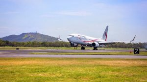 Air Niugini operated its inaugural Port Moresby-Townsville flight with Boeing 737-800 P2-PXC. (Townsville Airport/Facebook)