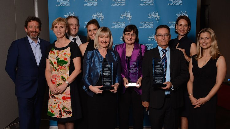 Sydney Airport representatives with their trophies. (Sydney Airport/Twitter)