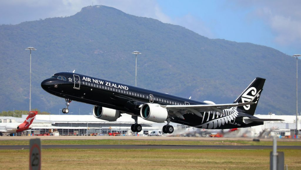 Air New Zealand Airbus A321neo ZK-NNA takes off from Cairns Airport. (Andrew Belczacki)