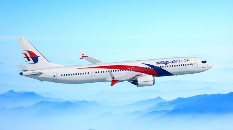 An artist's impression of a Boeing 737 MAX 10 in Malaysia Airlines livery. (Boeing)