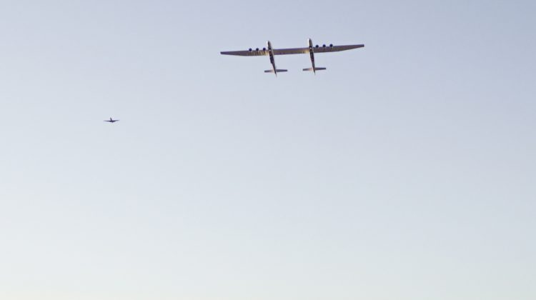 The Stratolaunch in flight. (Stratolaunch)