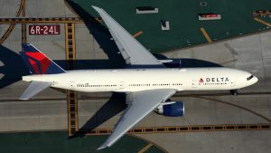 A file image of a Delta Air Lines Boeing 777-200LR at Los Angeles Airport. (Rob Finlayson)