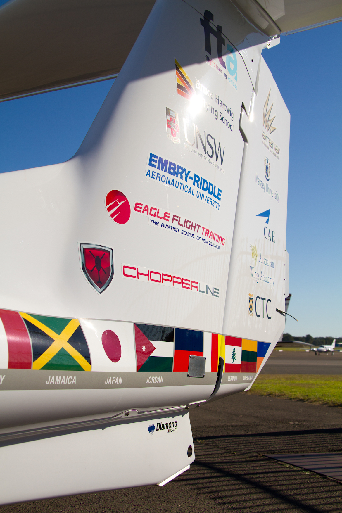 The DA40 XLT has the names flight training institutions on the fin. (Seth Jaworski)
