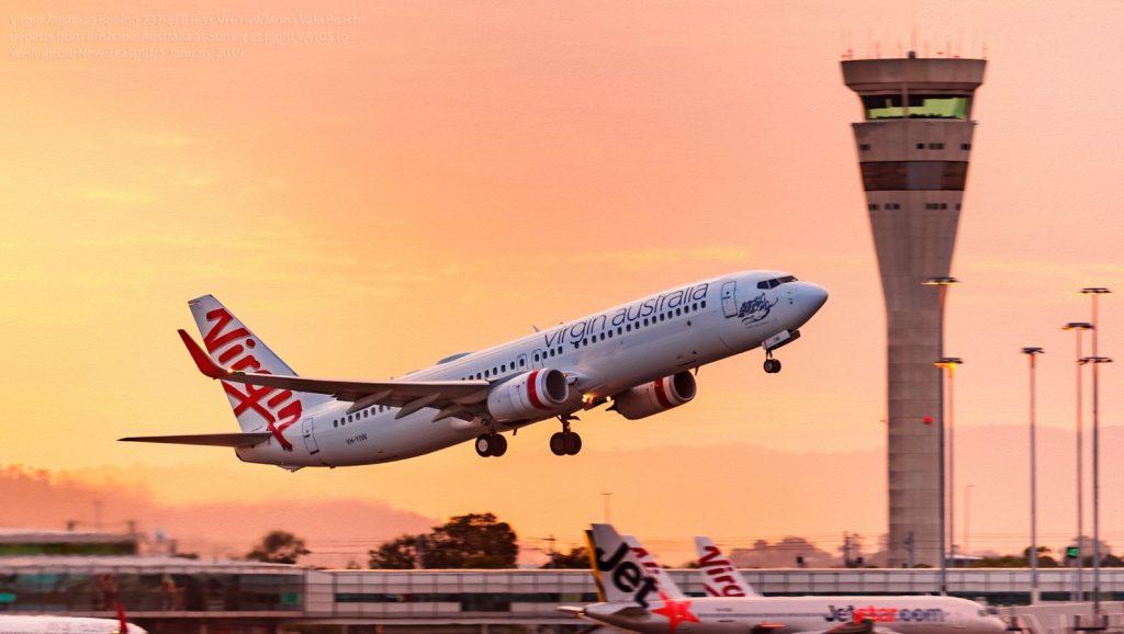 Virgin Australia Boeing 737-8FE departs from Brisbane