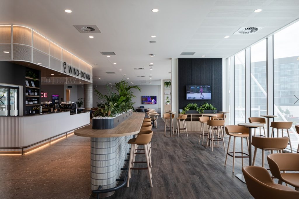 Virgin Adelaide lounge picture 2