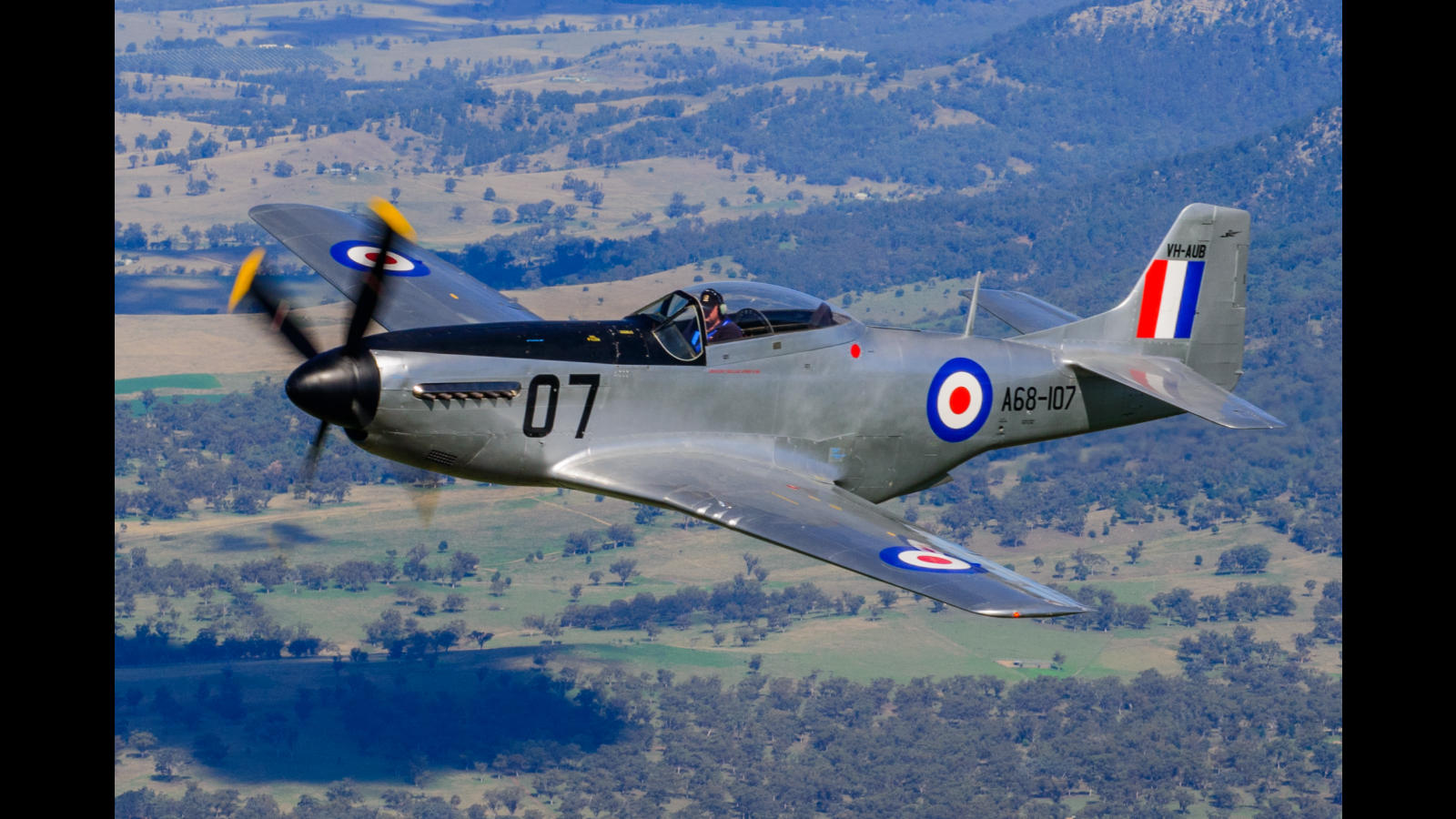 2015; CAC-18; P-51; Ross Pay; air to air; anzac day; scone; warbird;